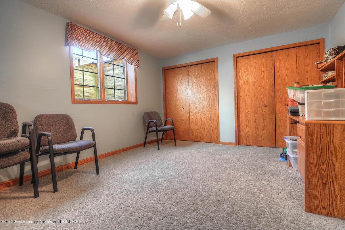 1145 River Oaks Dr - lower level bedroom 5 - 13