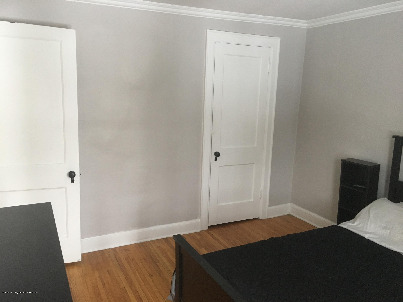 214 N Jenison Ave - bedroom1 - 17