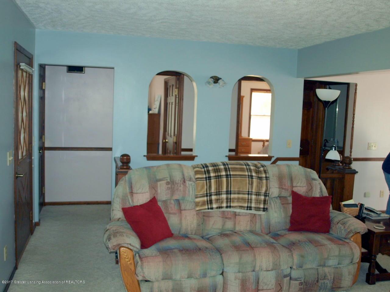 1871 W Taft Rd - Living Room - 13