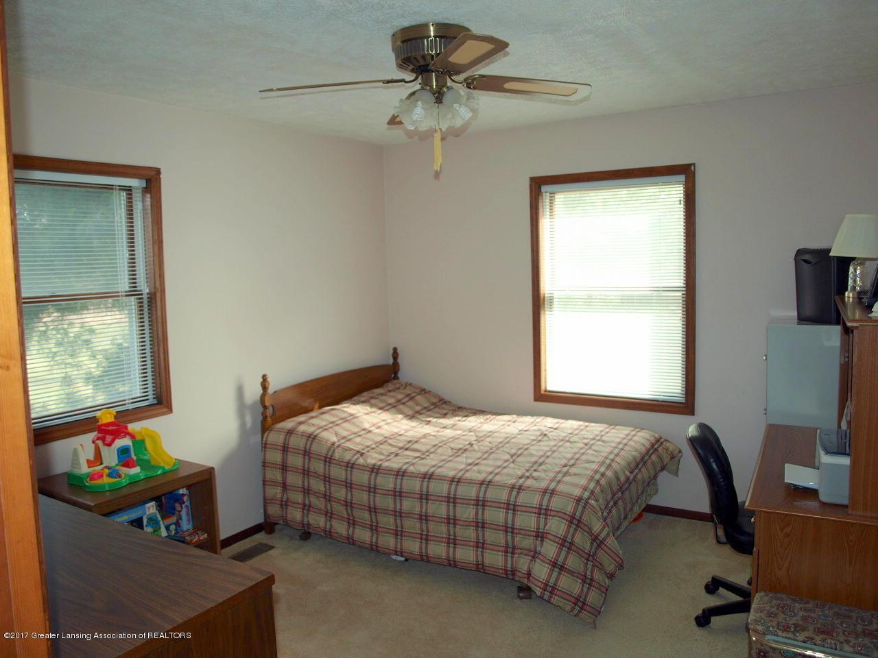 1871 W Taft Rd - 1st Floor Bedroom - 14