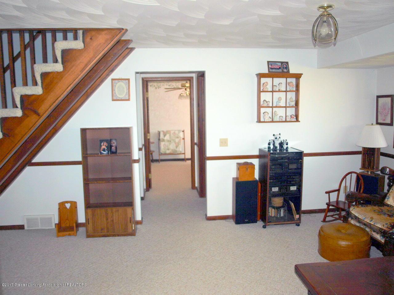 1871 W Taft Rd - Family Room - 21