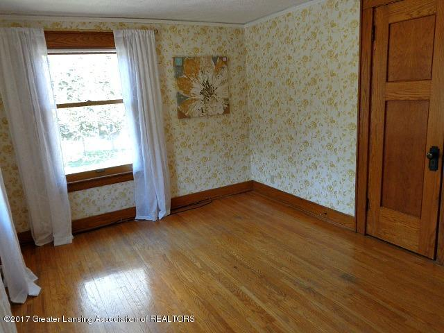 426 W Barnes Ave - Bedroom1 - 11