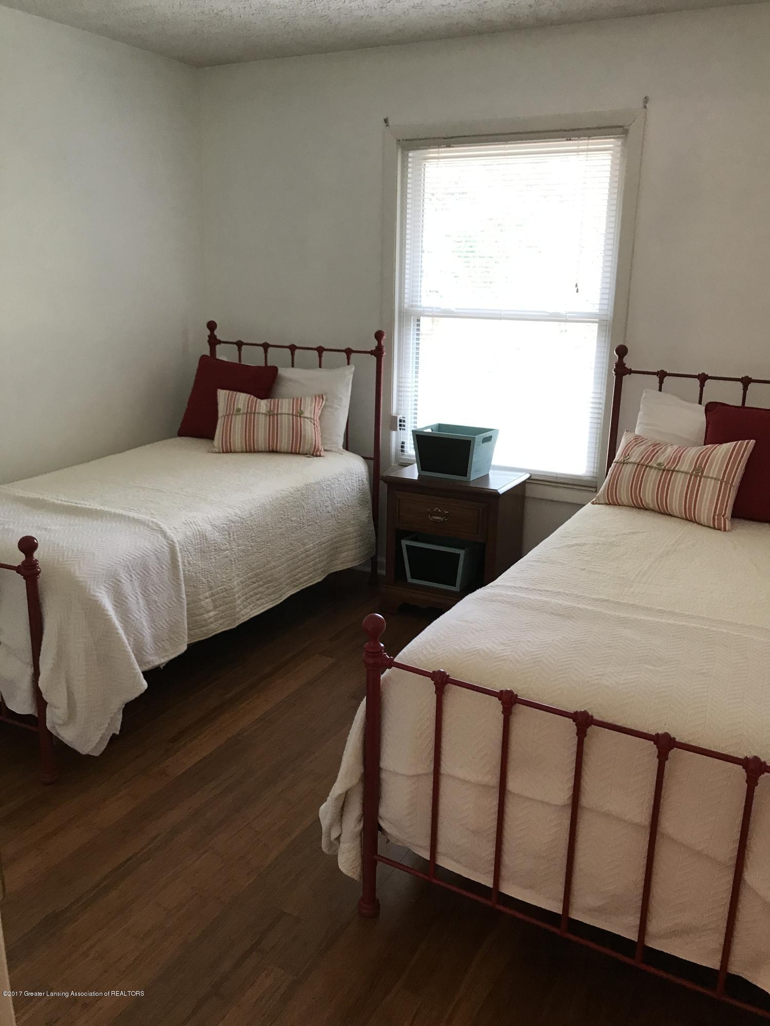 403 Jade Dr - Bedroom - 14