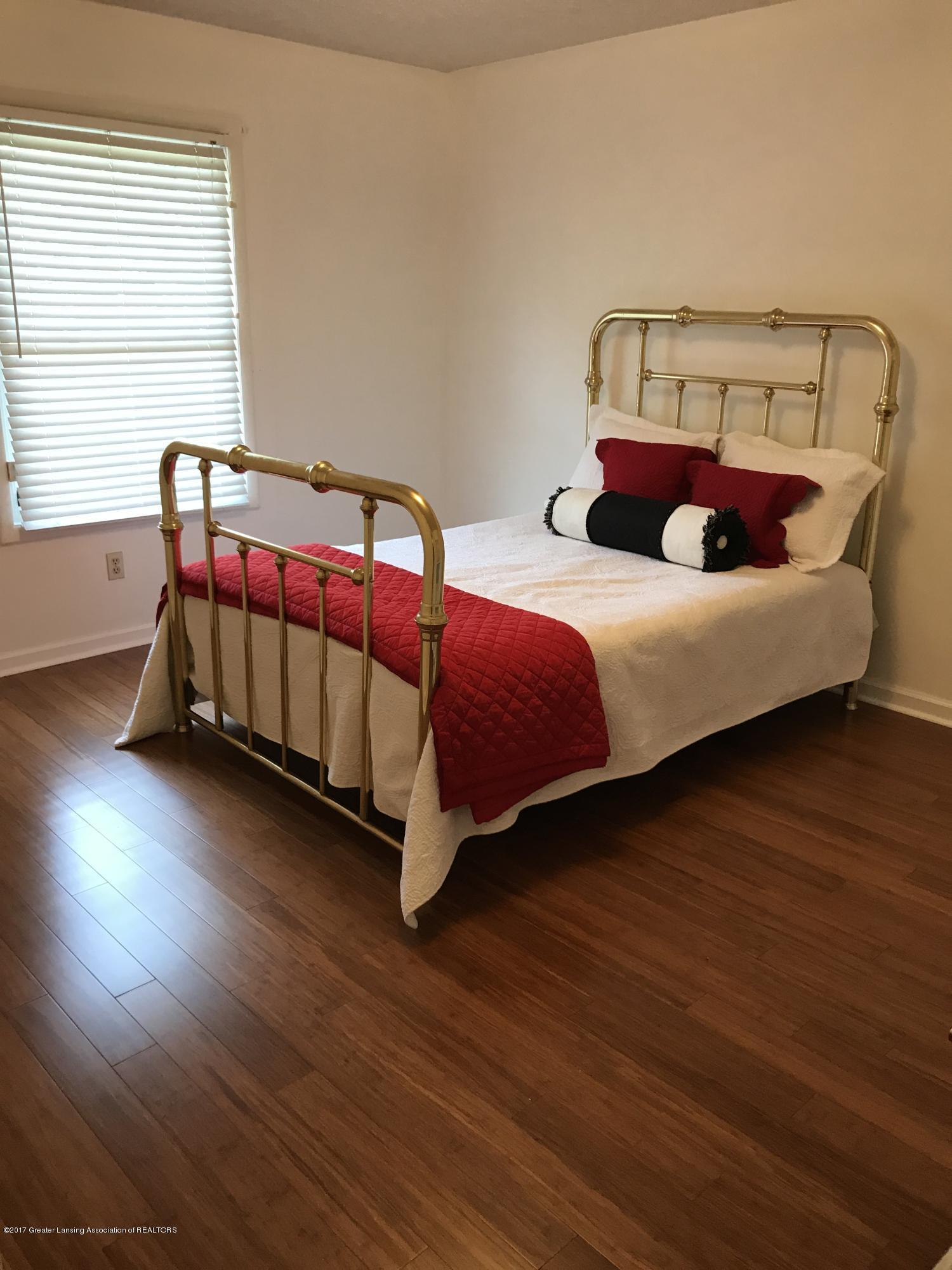 403 Jade Dr - Bedroom - 12