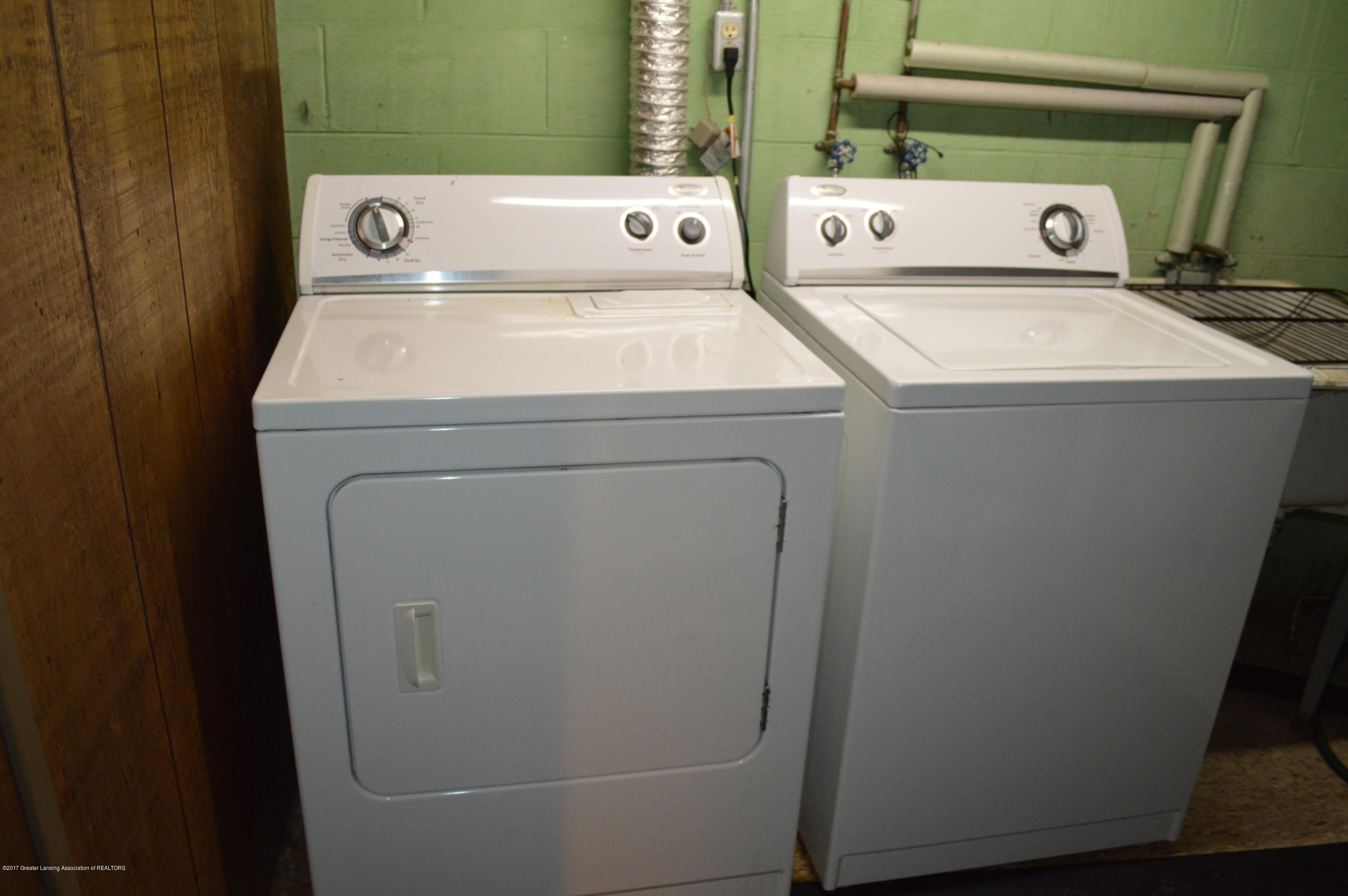 1954 Auburn Ave - Washer & Dryer - 20