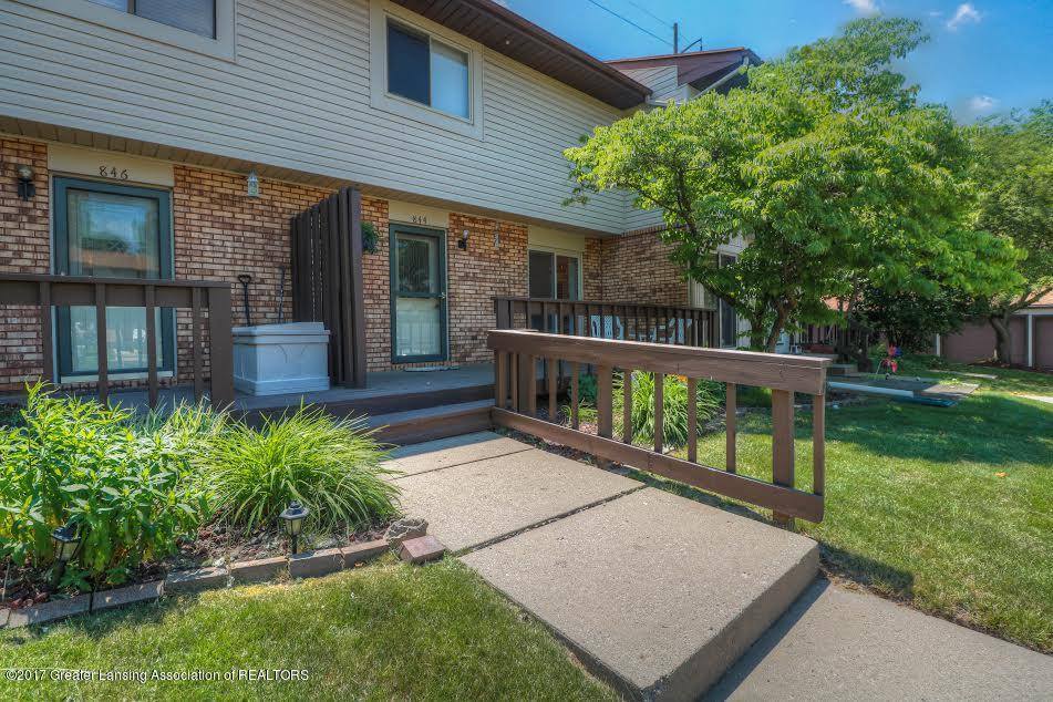 844 Armstrong Rd - Front - 1