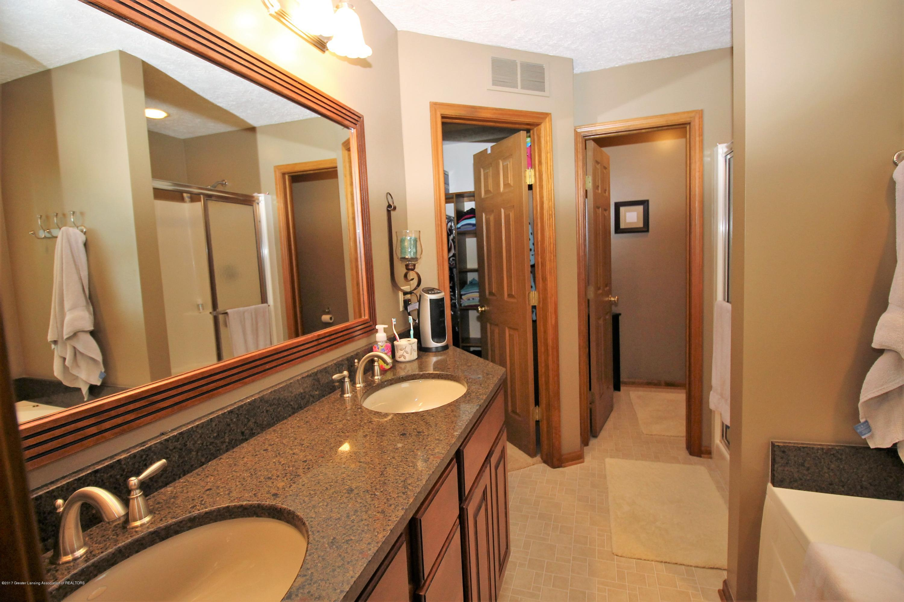 5855 MacMillan Way - 5. Master Bathroom - 5