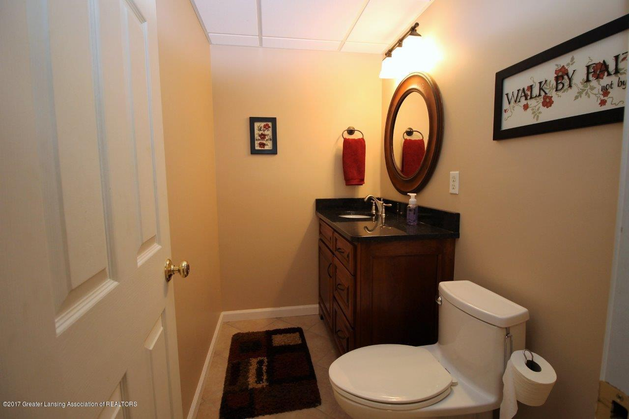 5855 MacMillan Way - 17. LL Bathroom - 17