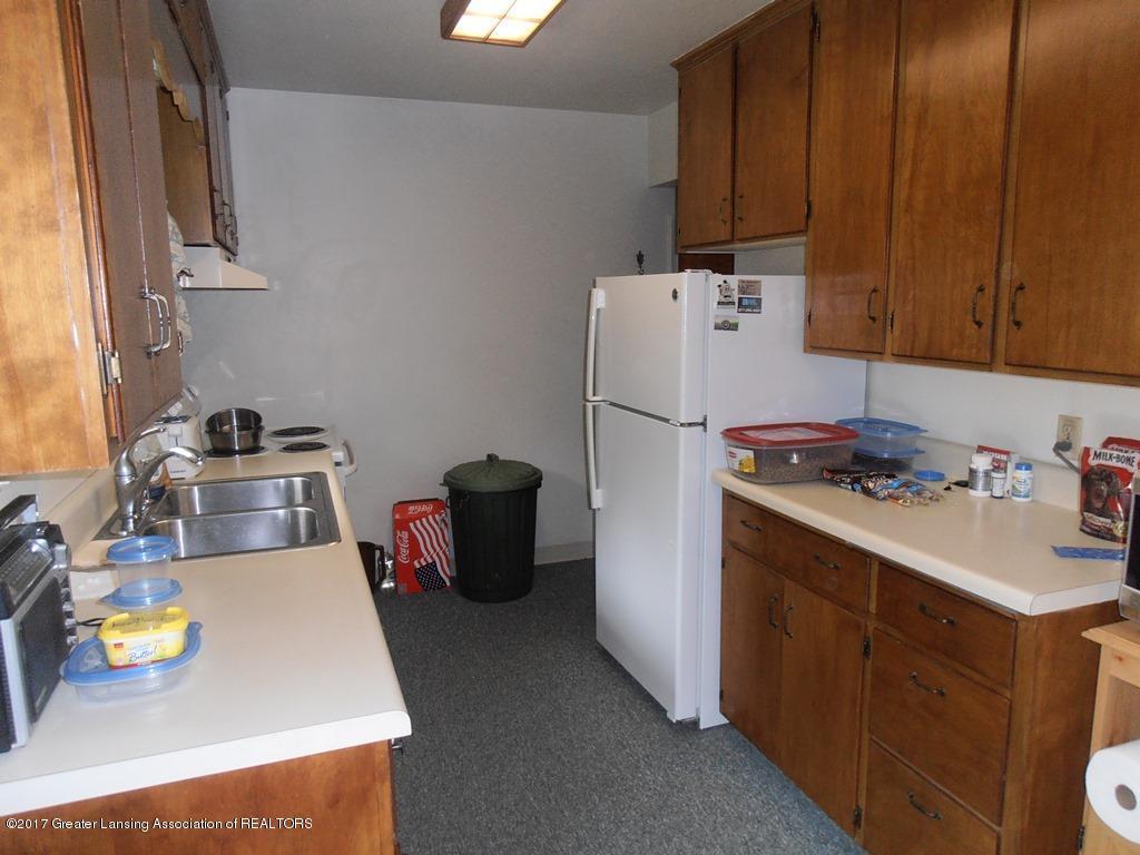 532 E Cavanaugh Rd - 09 Kitchen - 9