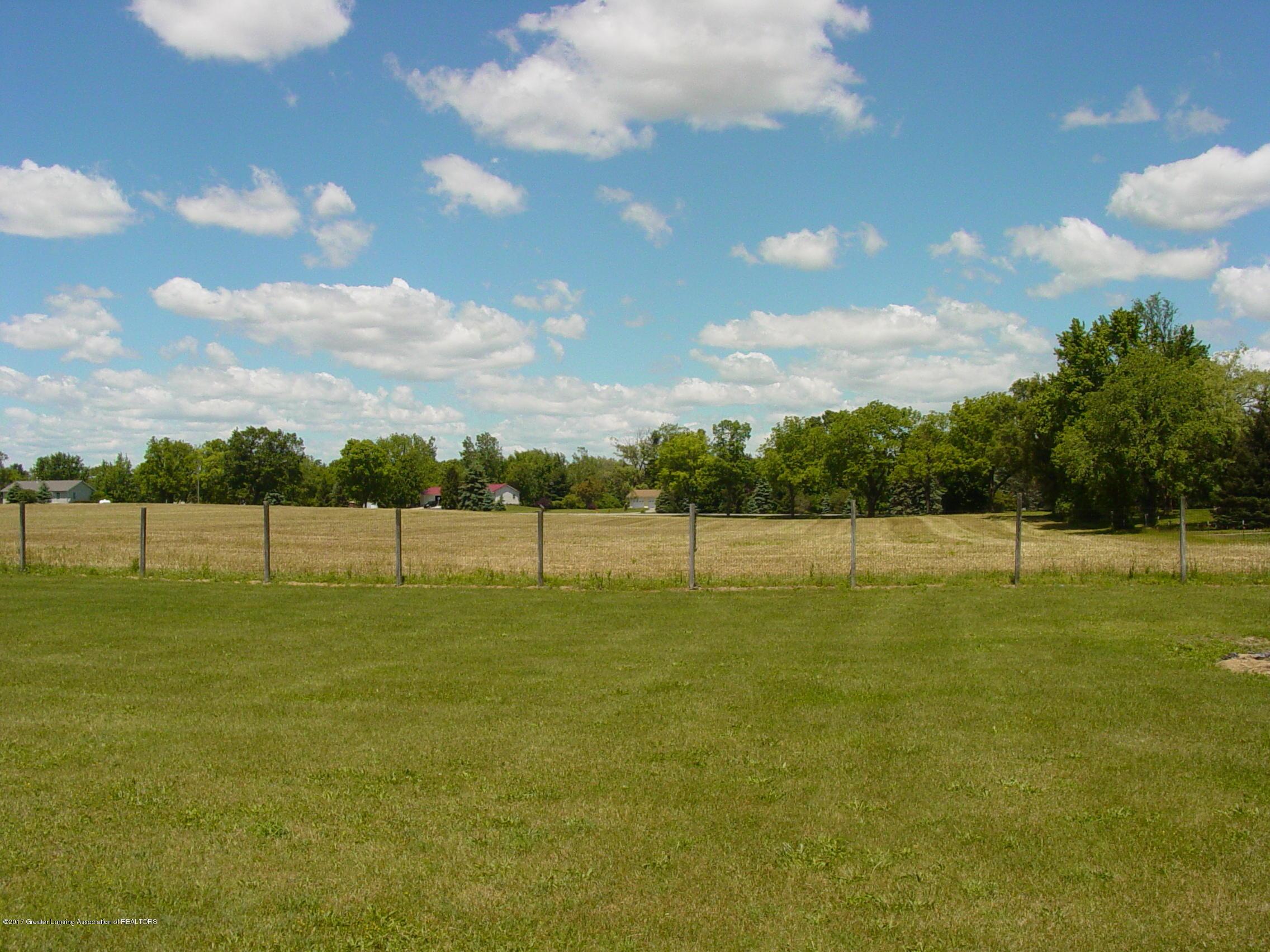 5233 Kinsey Rd - Backyard View ll - 20