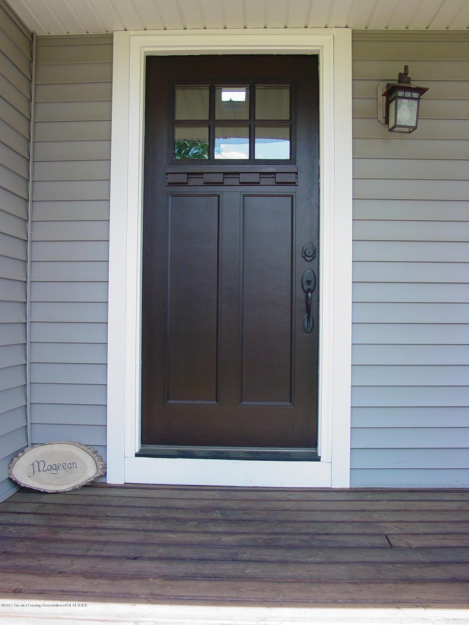 5233 Kinsey Rd - Gorgeous Front Door - 2