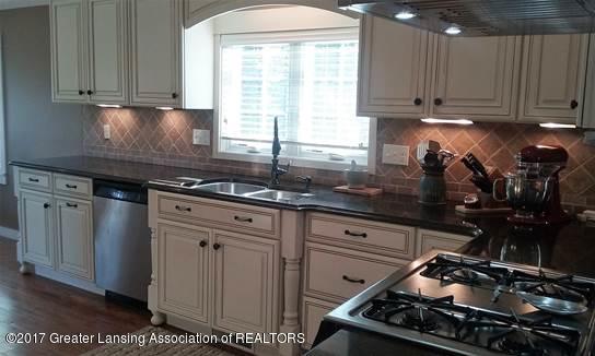 7758 Bentley Hwy - Kitchen 3 - 7