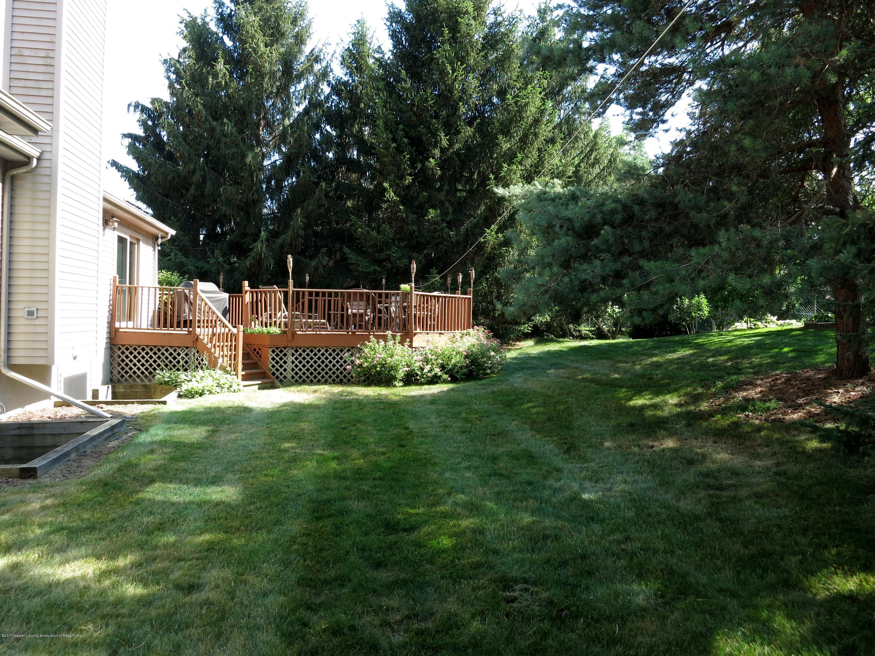 2785 River Pointe Dr - IMG_4968 - 28