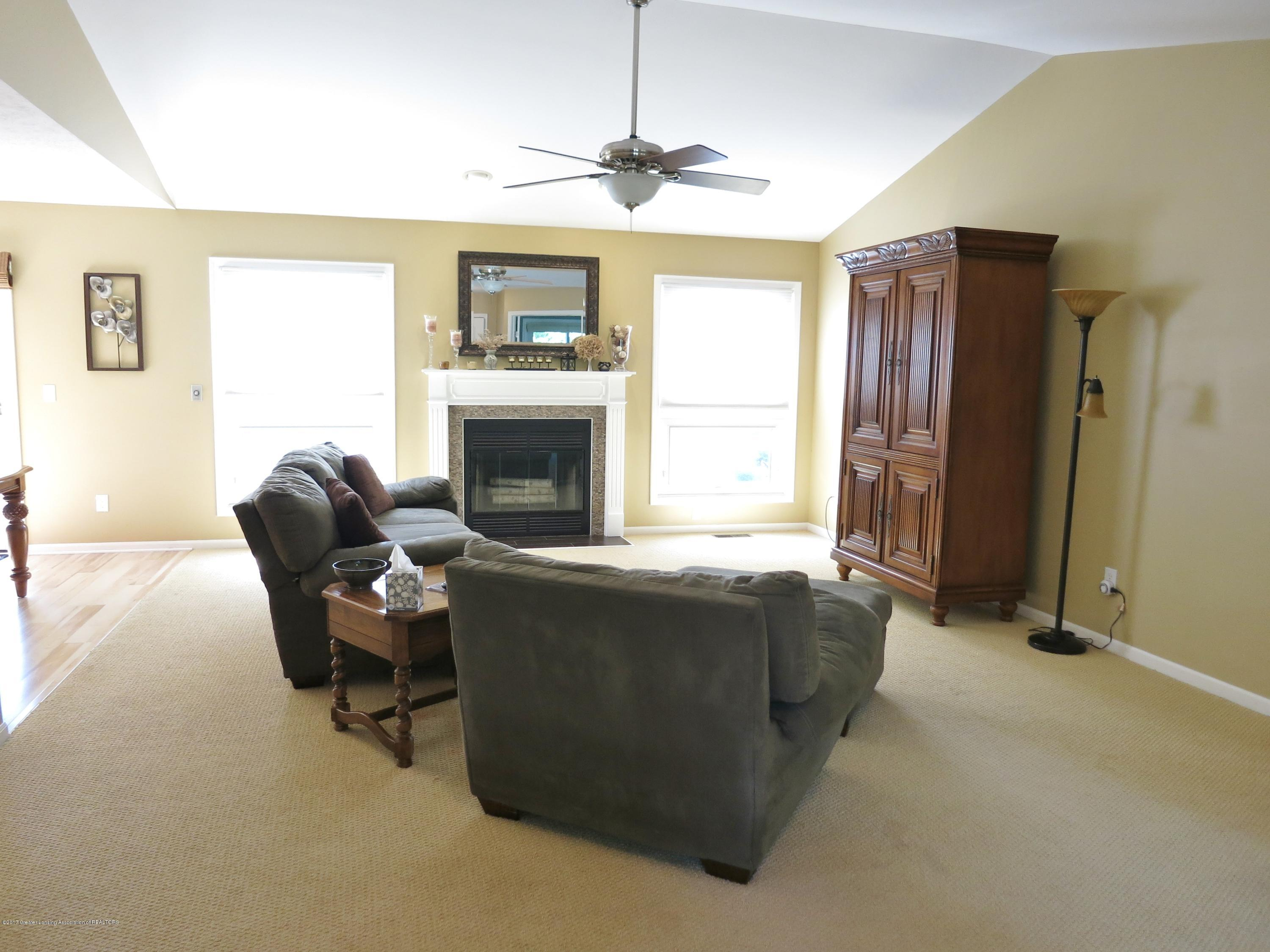 2785 River Pointe Dr - IMG_4972 - 11