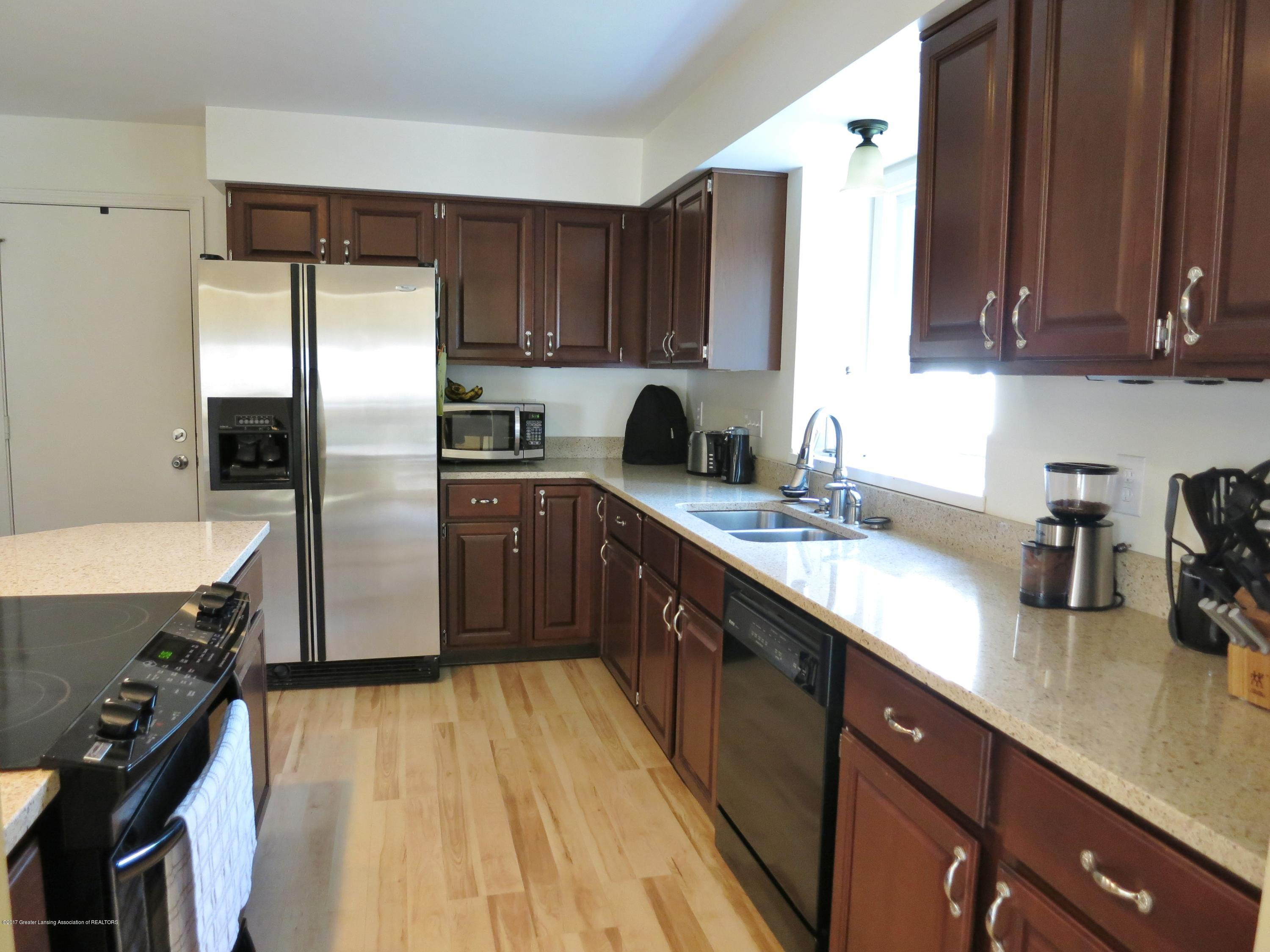 2785 River Pointe Dr - IMG_4975 - 8