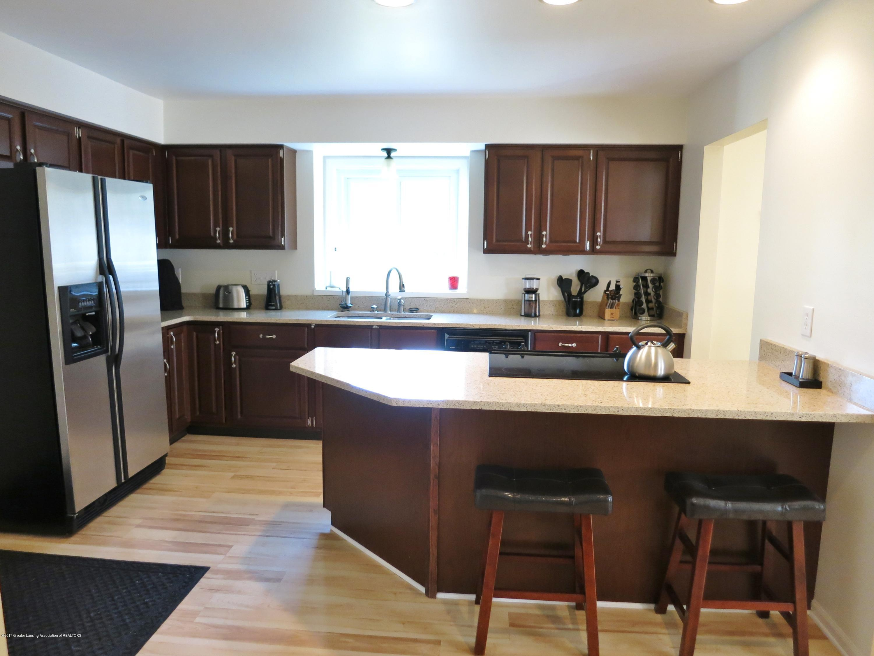 2785 River Pointe Dr - IMG_4977 - 6