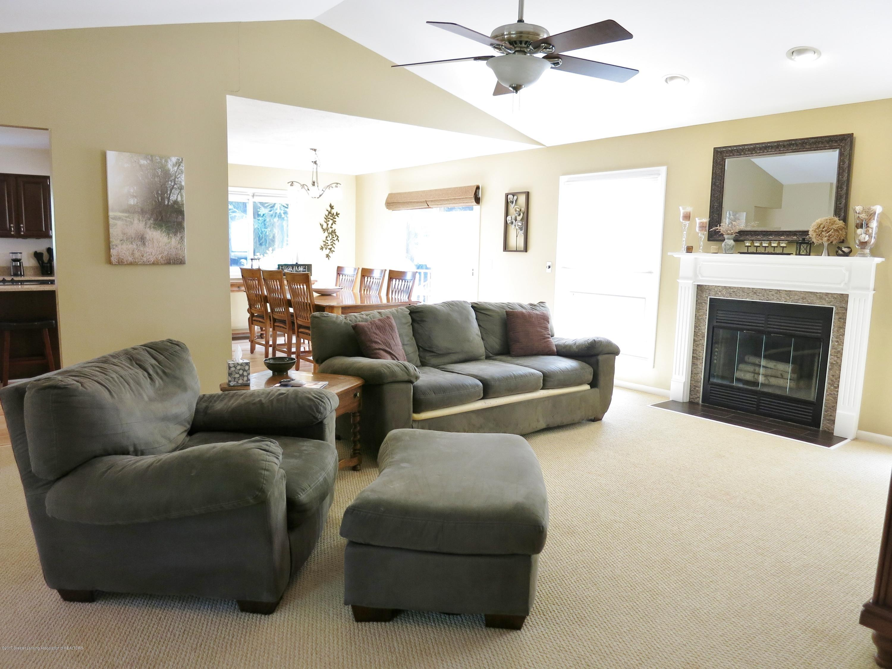 2785 River Pointe Dr - IMG_4978 - 3