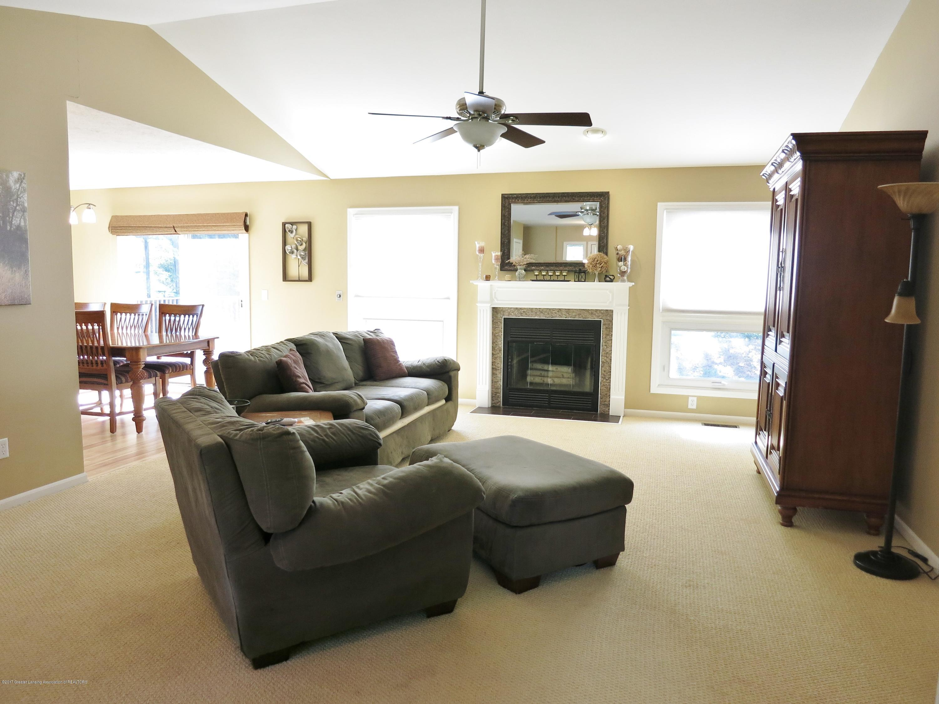 2785 River Pointe Dr - IMG_4982 - 4