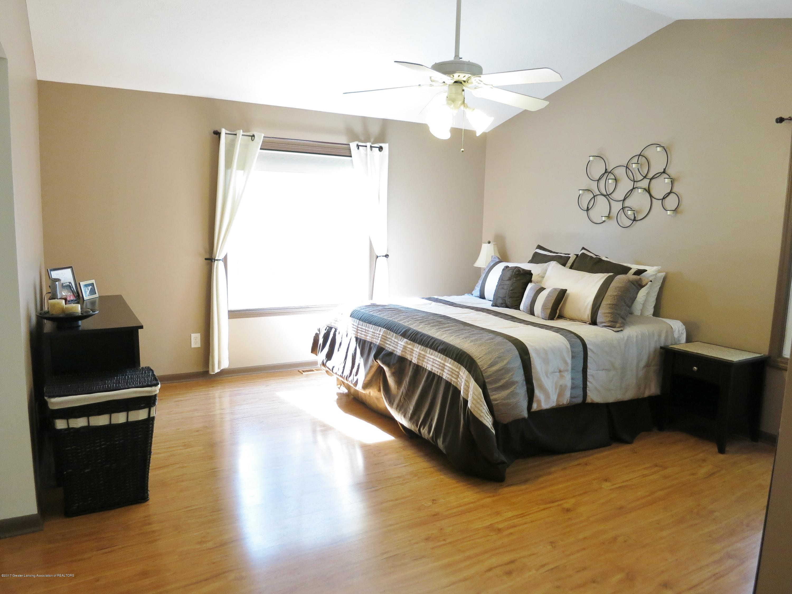 2785 River Pointe Dr - IMG_4985 - 12