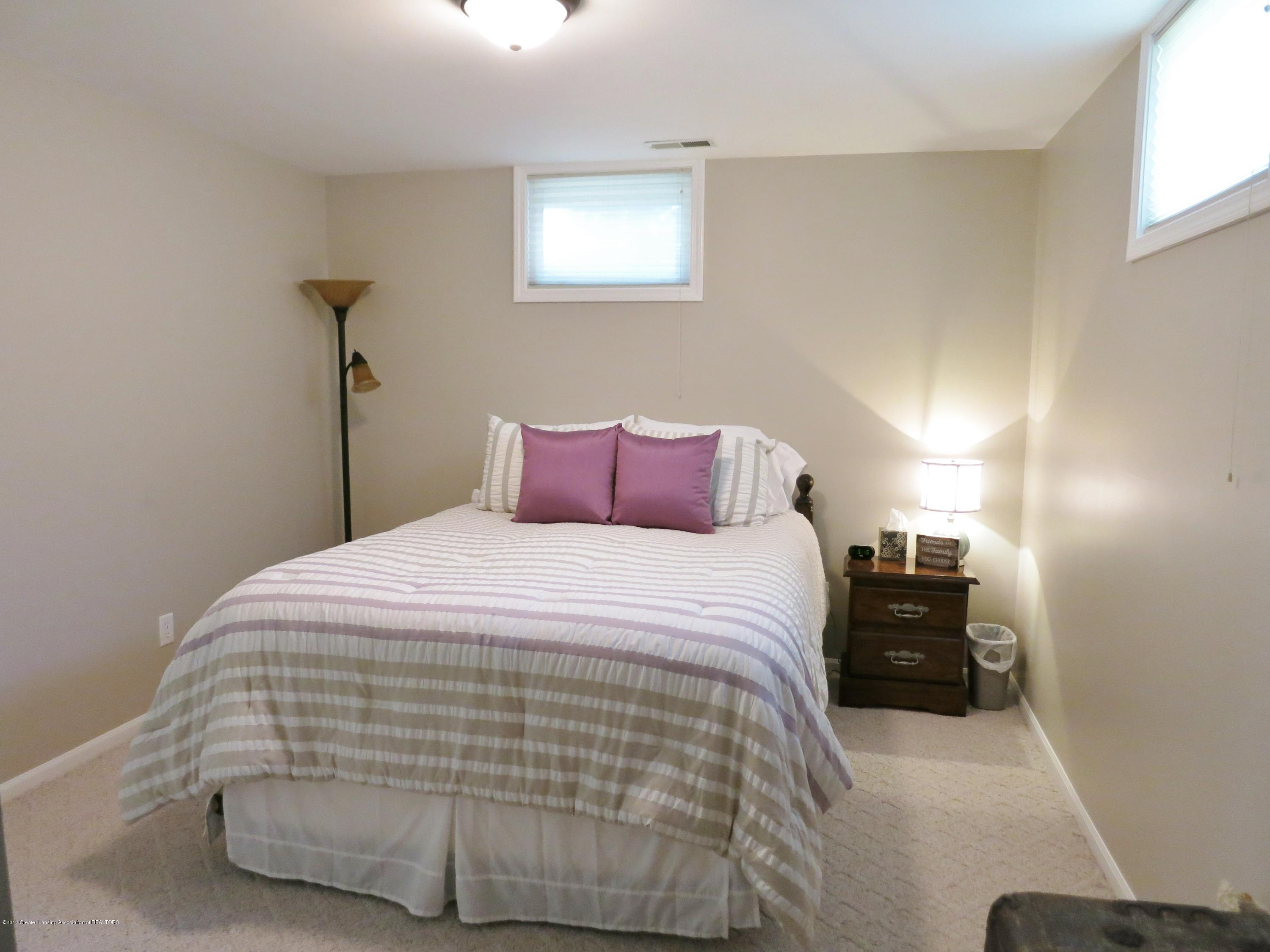 2785 River Pointe Dr - IMG_4991 - 18