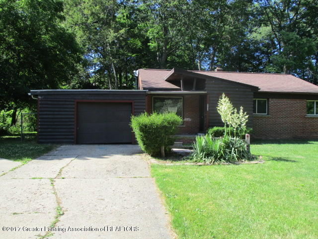 2244 Tecumseh River Rd - front - 1