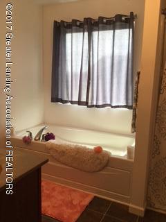 5611 Bittern Dr - Bathroom - 16