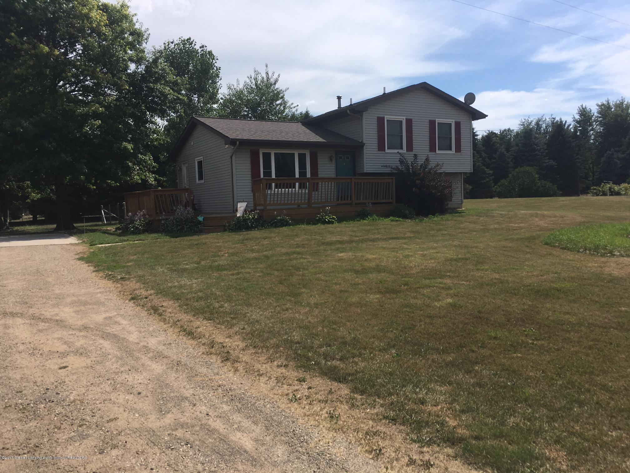 6070 E Price Rd - 1 6070 front - 1