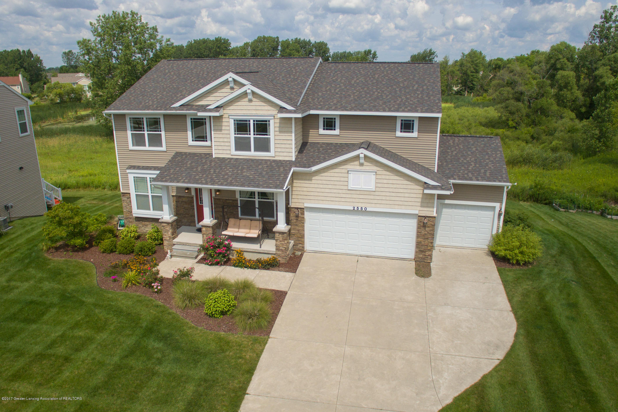 2550 Lupine Ct - Front View - 2