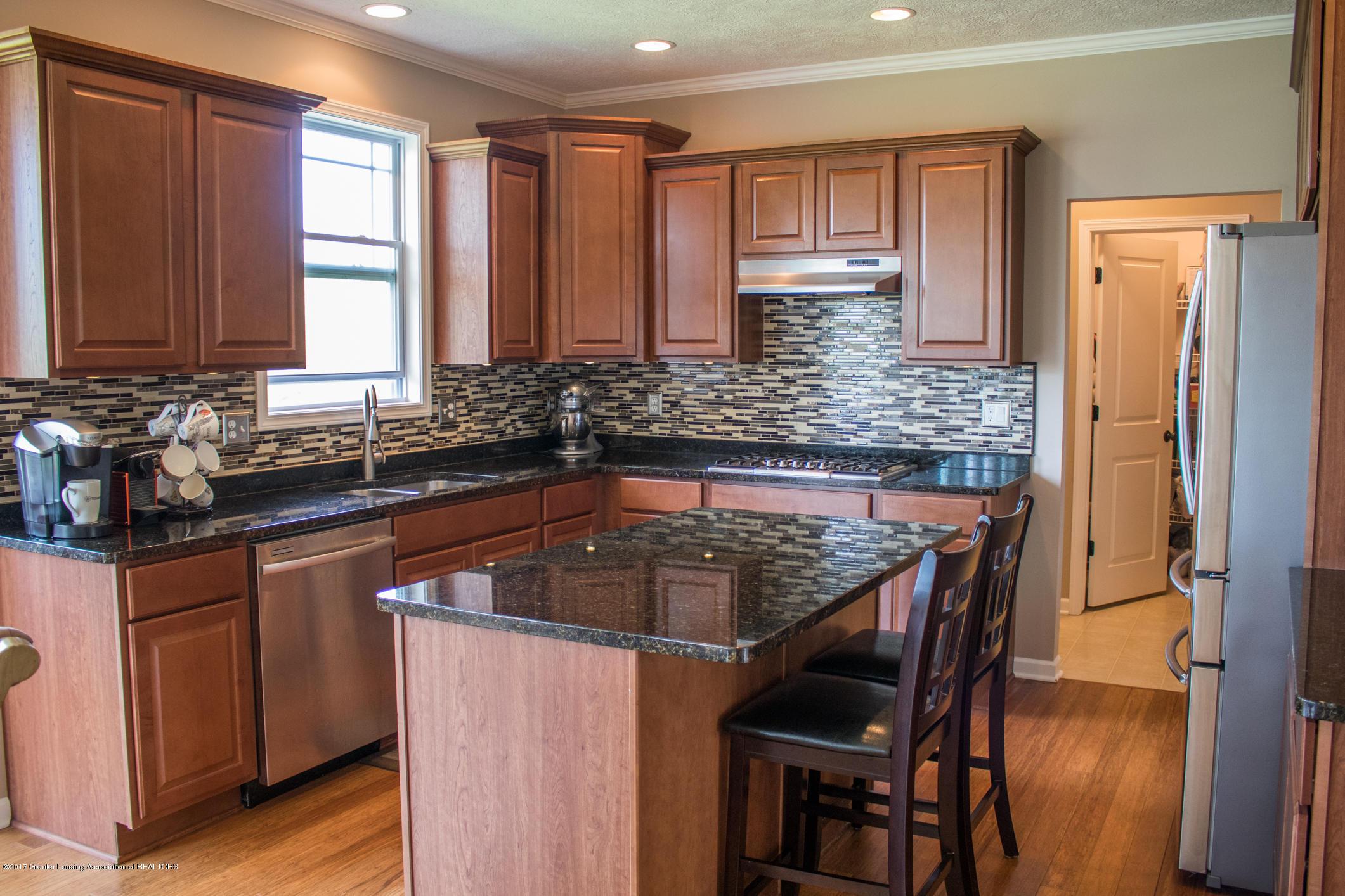 2550 Lupine Ct - Kitchen - 22