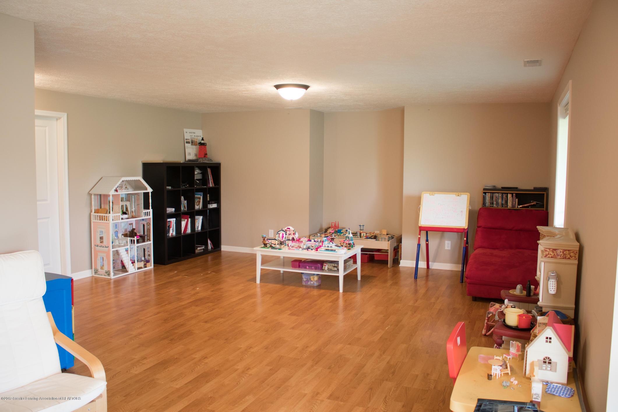 2550 Lupine Ct - LL Rec Room - 71
