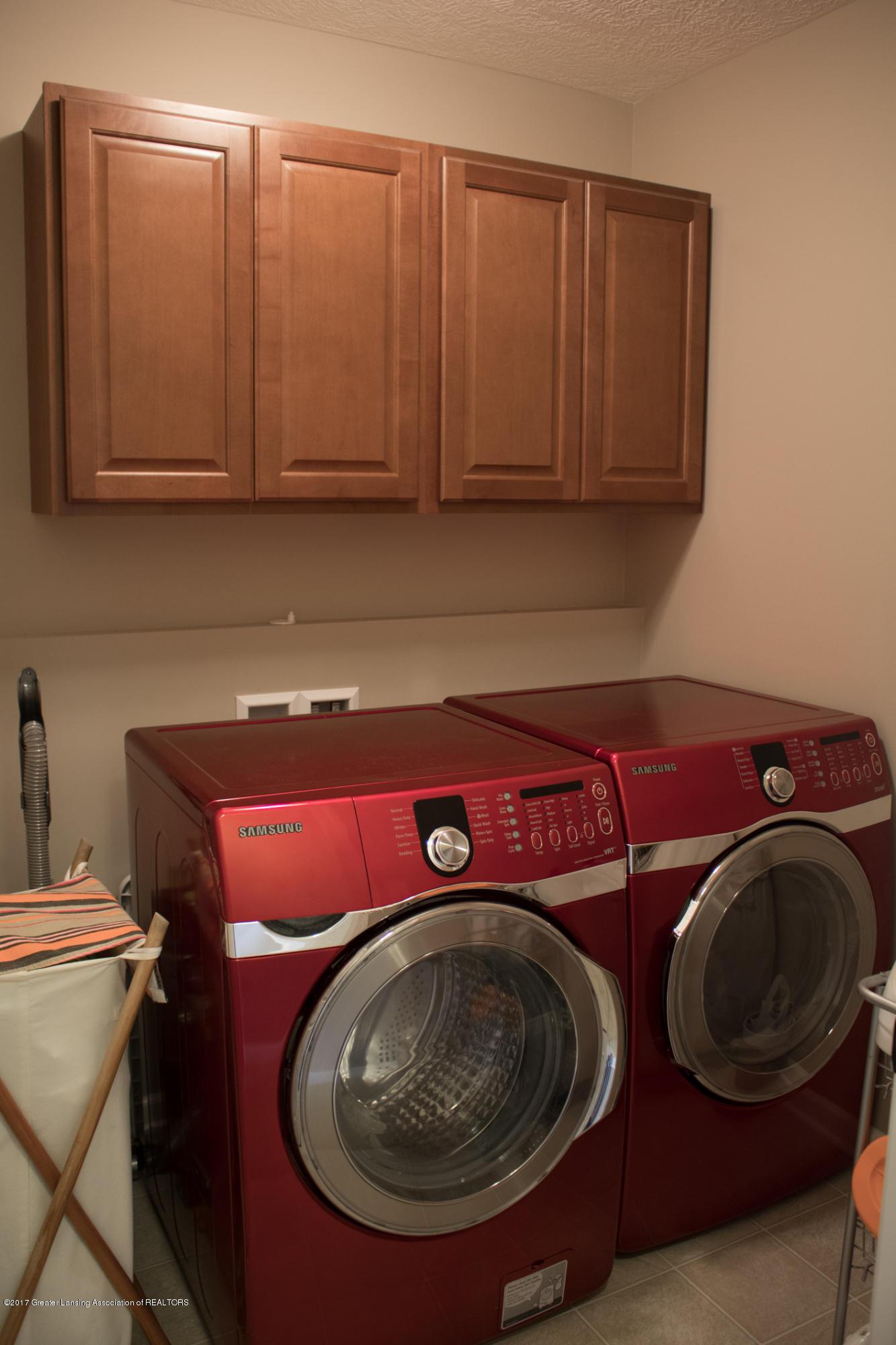 2550 Lupine Ct - 2nd Floor Laundry - 47
