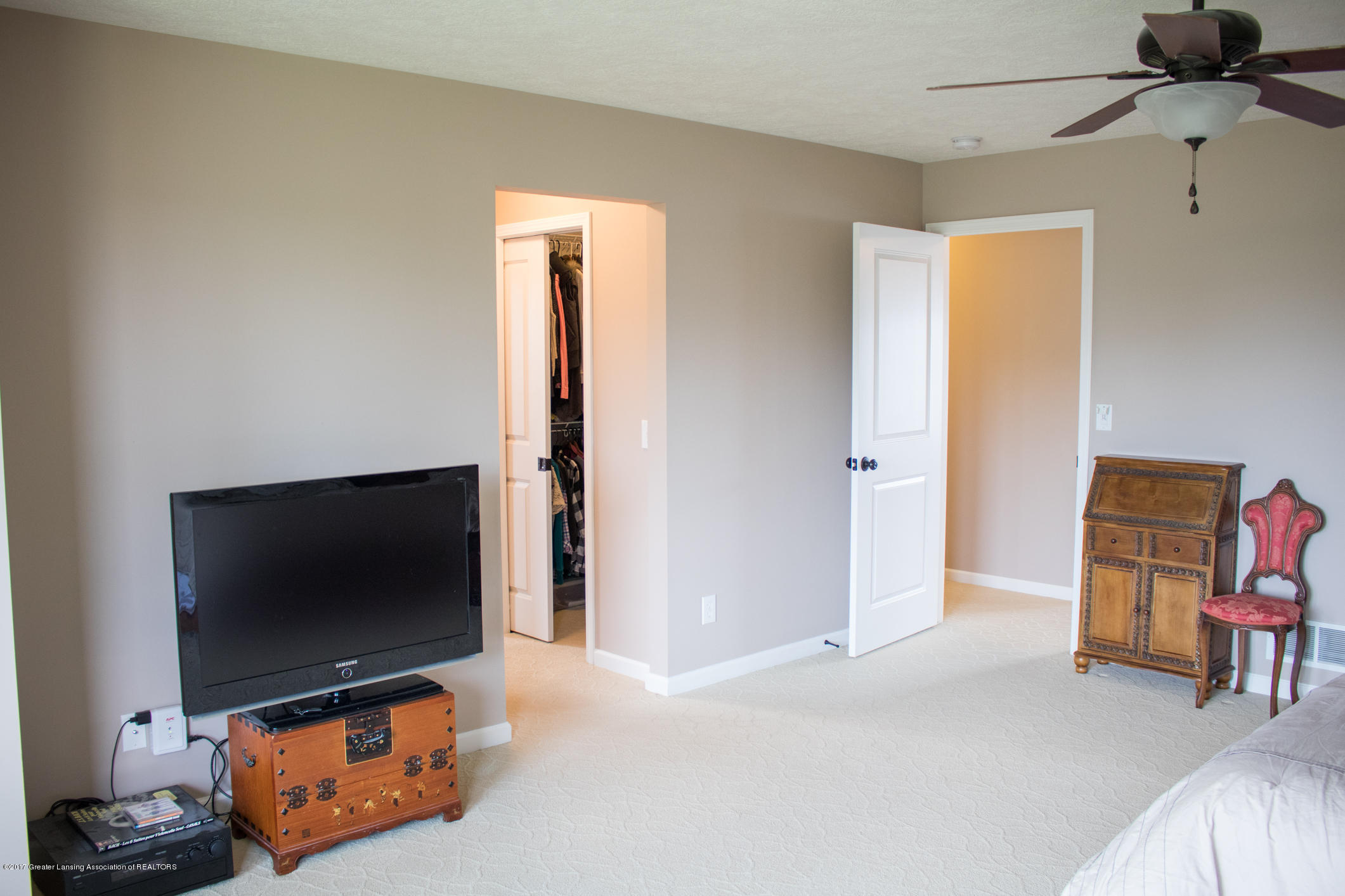 2550 Lupine Ct - Master Bedroom - 51