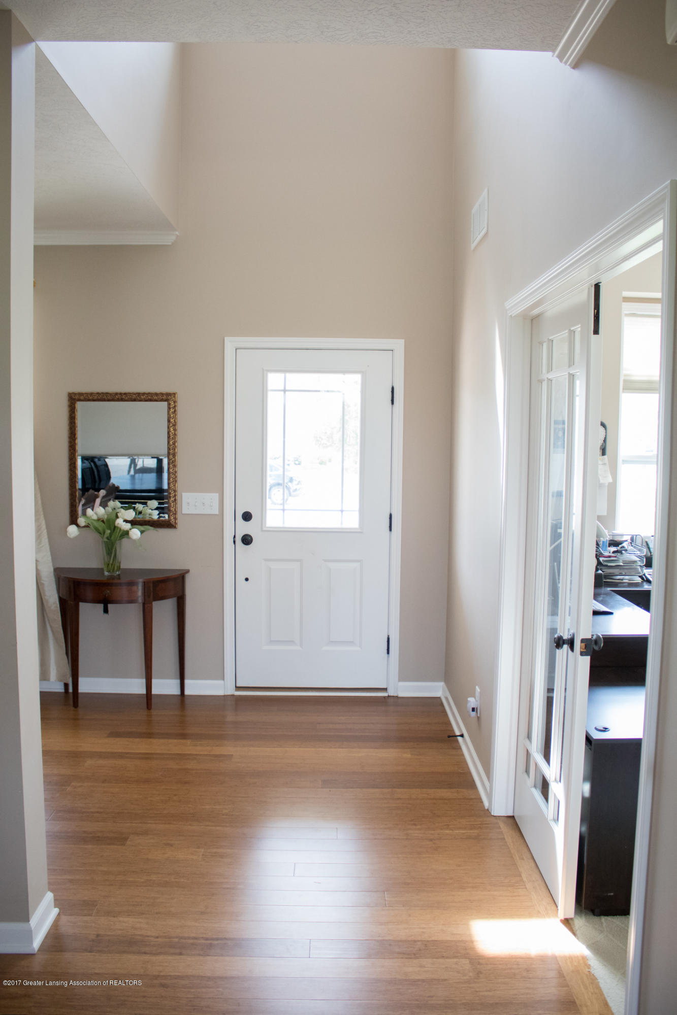 2550 Lupine Ct - Foyer - 10