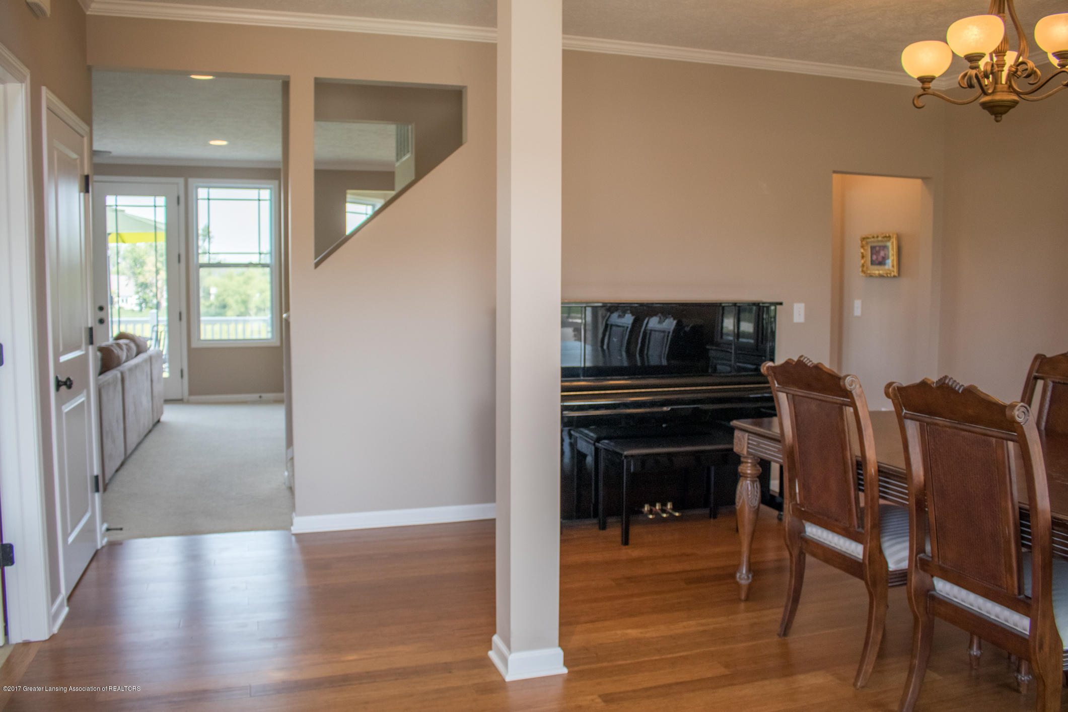 2550 Lupine Ct - Foyer to Dining Room - 13