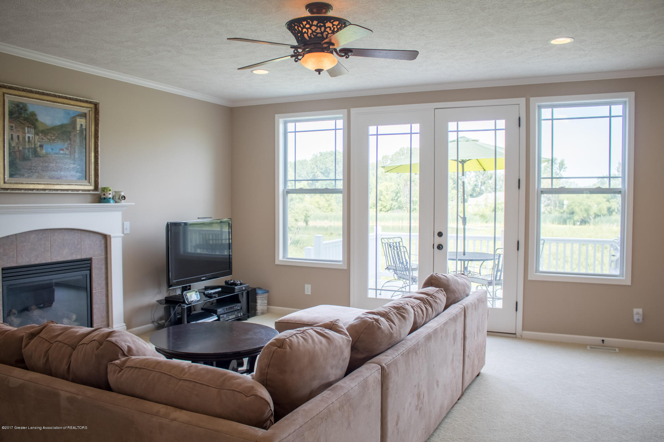 2550 Lupine Ct - Great Room - 19
