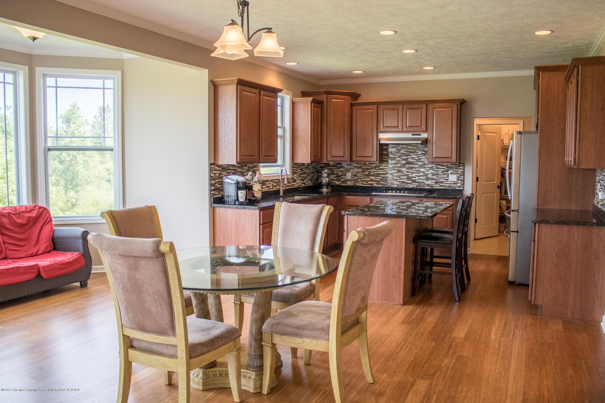 2550 Lupine Ct - Kitchen Eating Area - 30