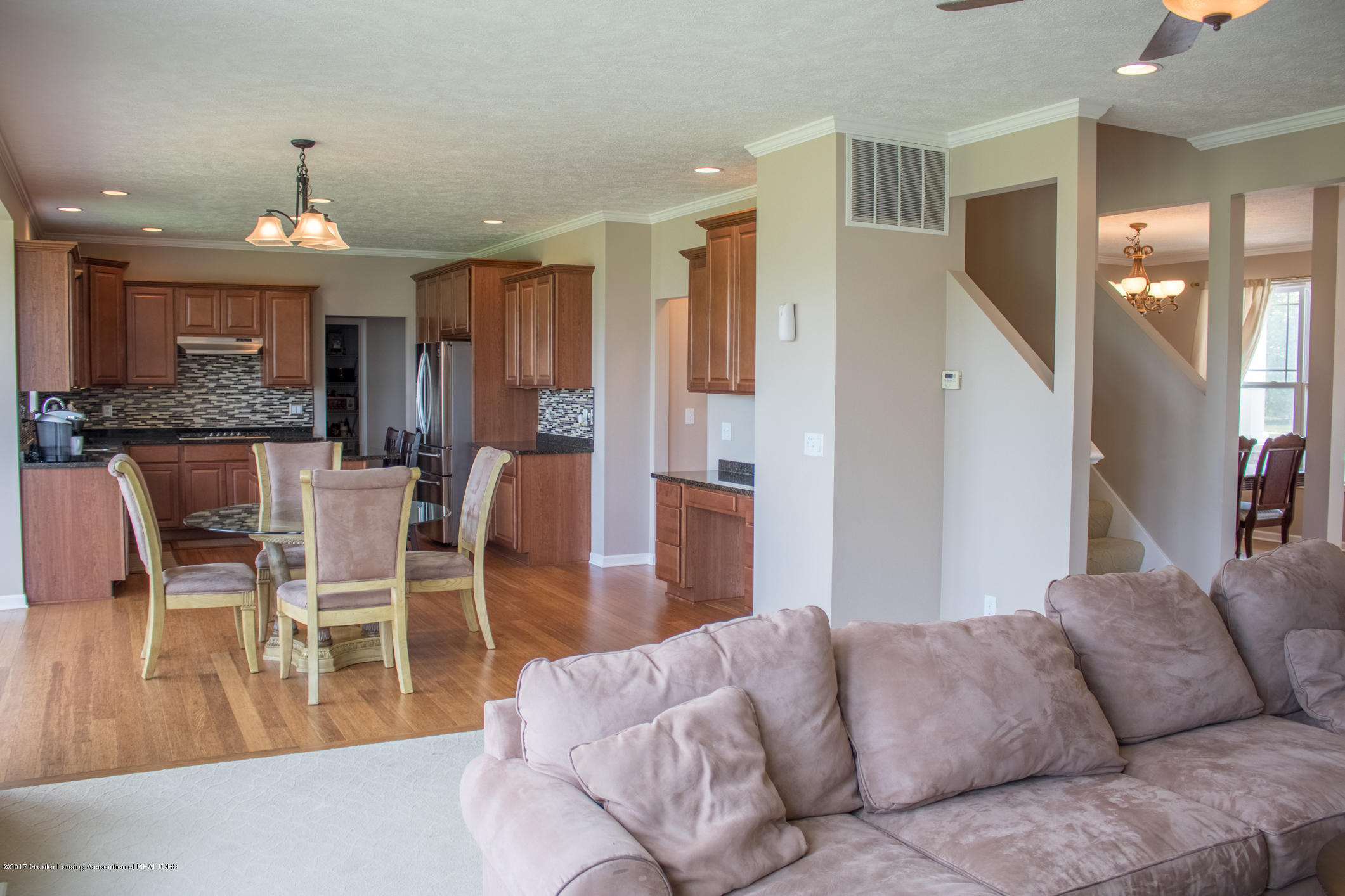 2550 Lupine Ct - Great Room to Kitchen - 36