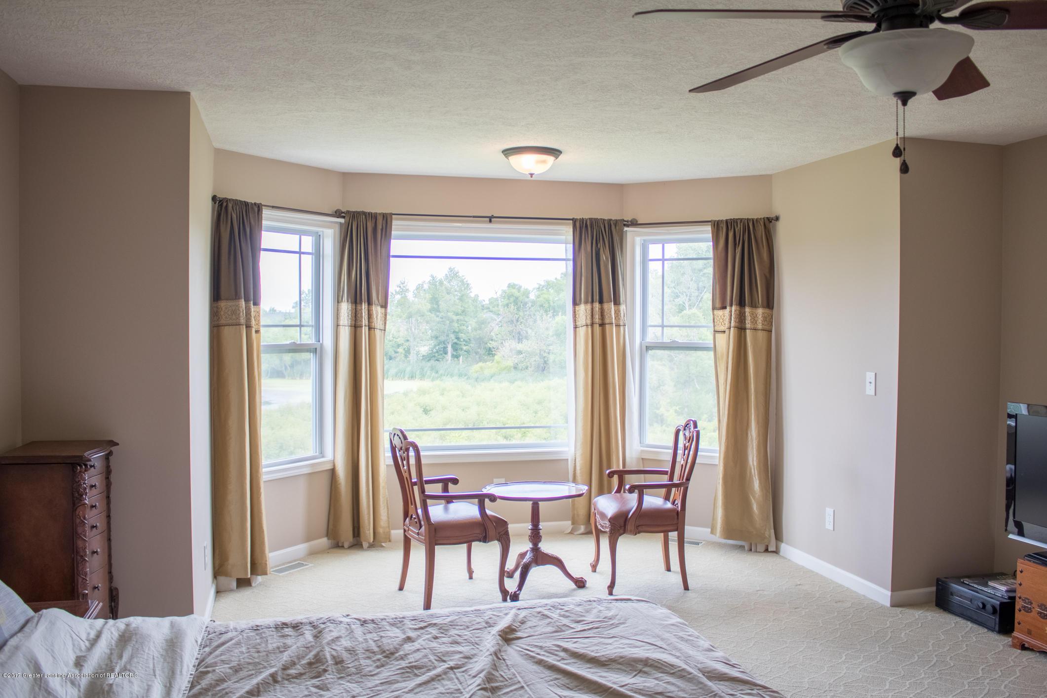 2550 Lupine Ct - Master Bedroom Sitting Area - 52