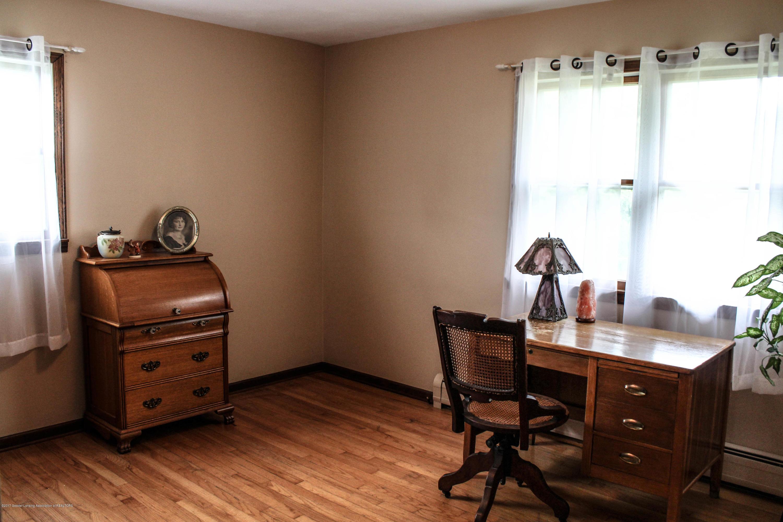 10239 Converse Rd - Bedroom - 10