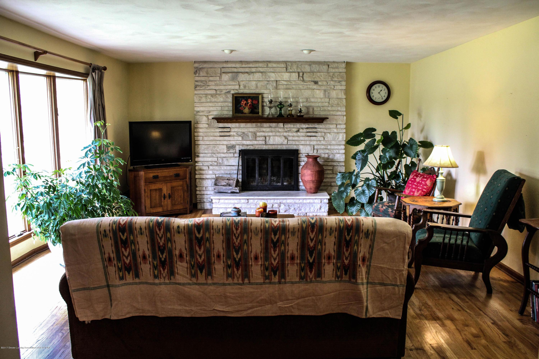 10239 Converse Rd - Living Room - 3