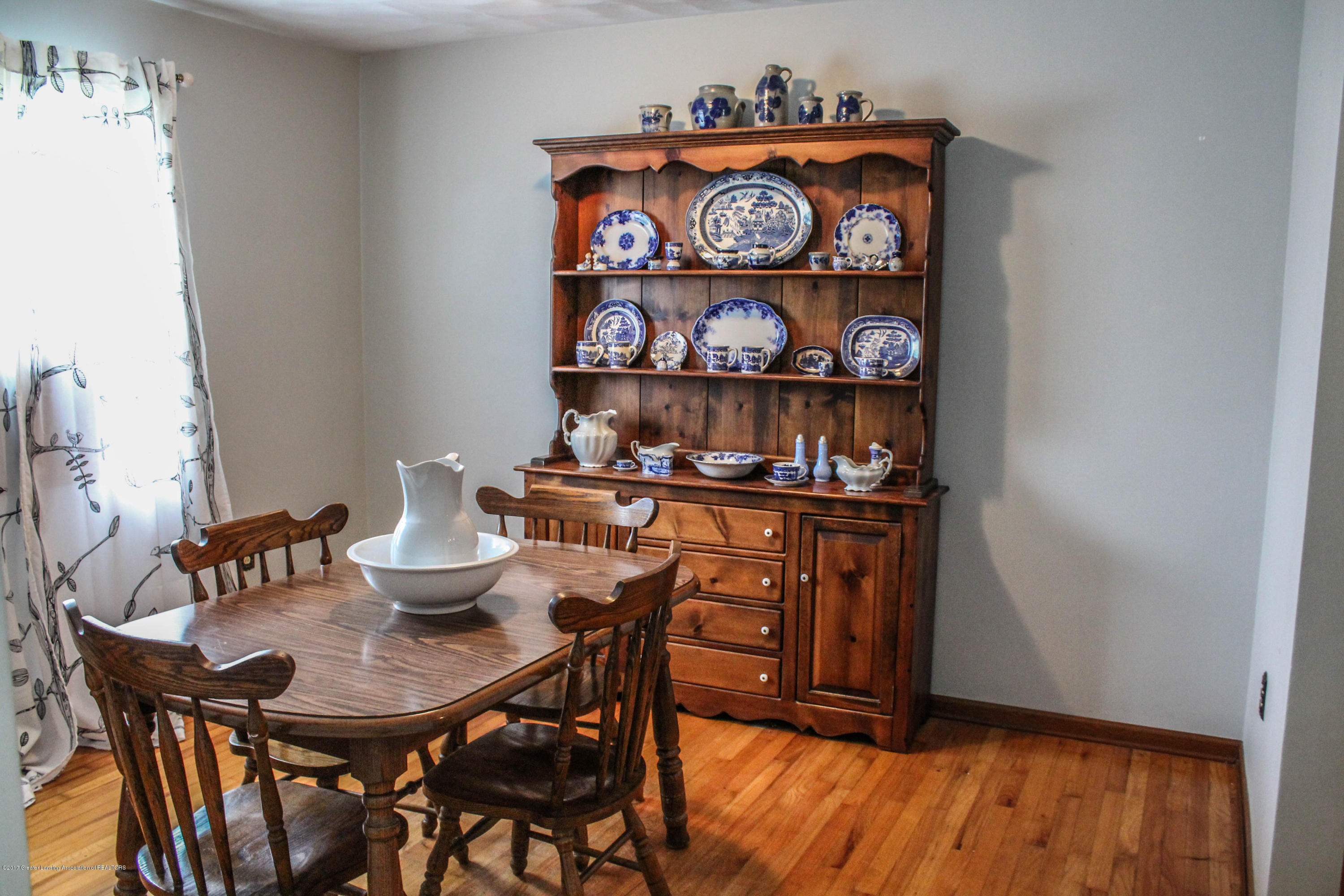10239 Converse Rd - Dining Room - 7