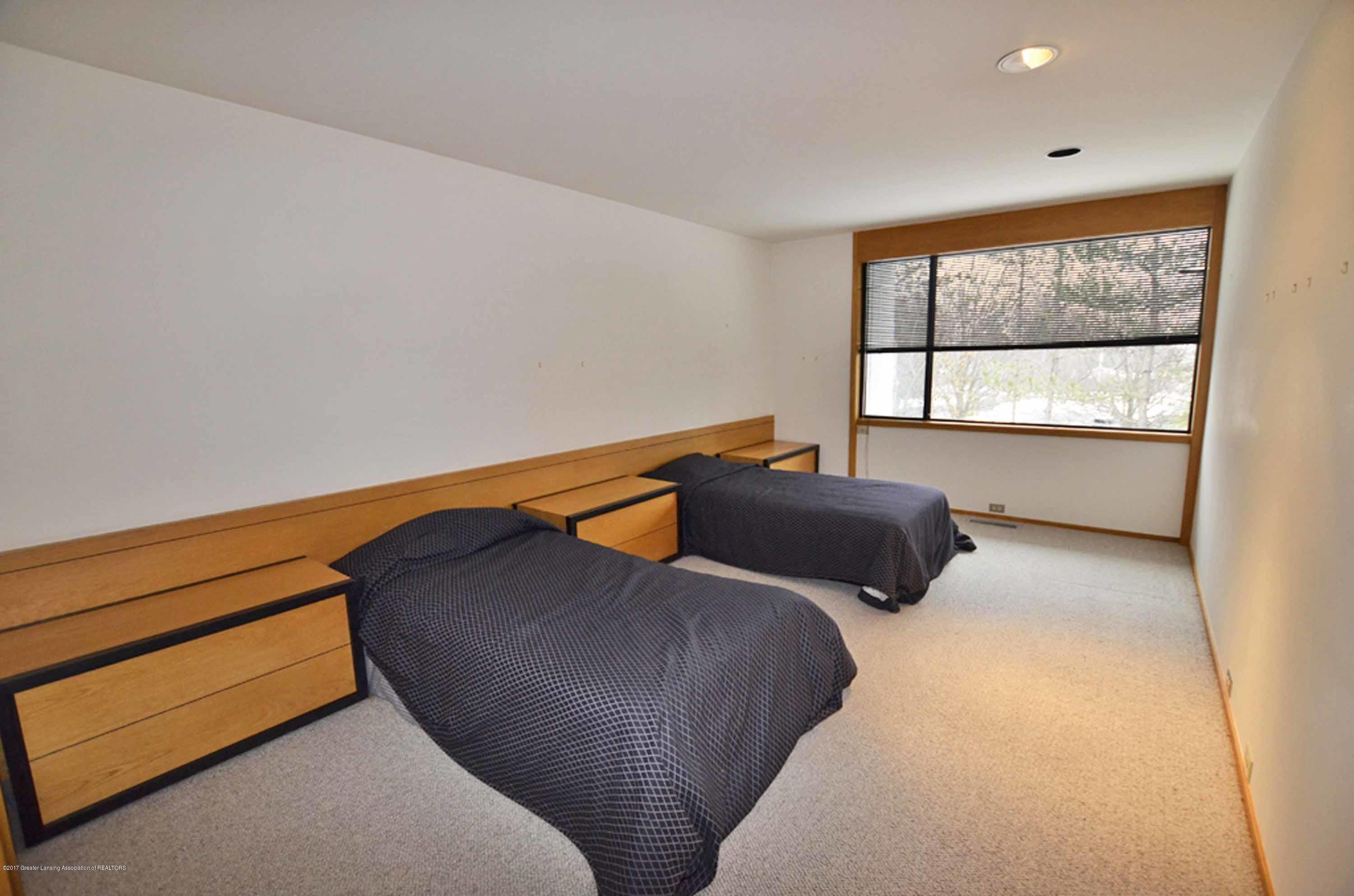 1273 Cambria Dr - SECOND BEDROOM - 12
