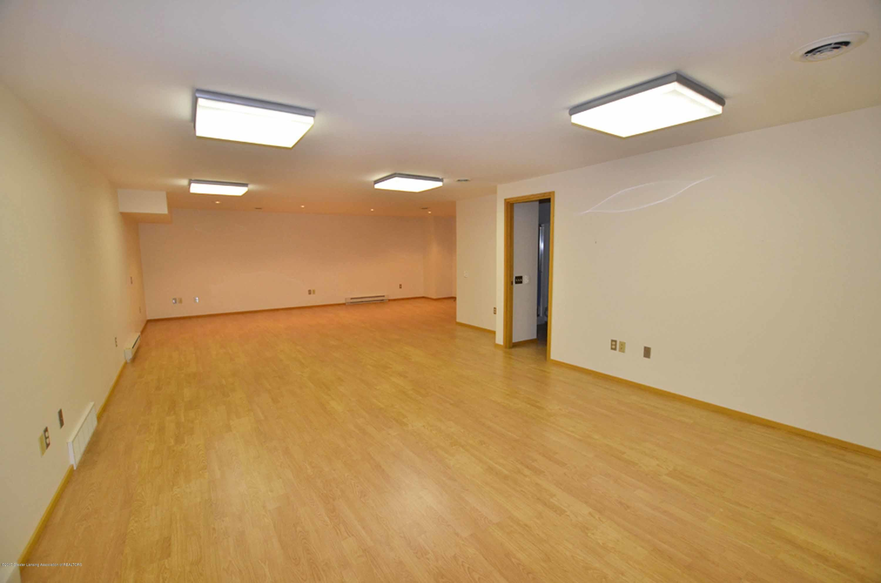 1273 Cambria Dr - RECREATION ROOM - 38