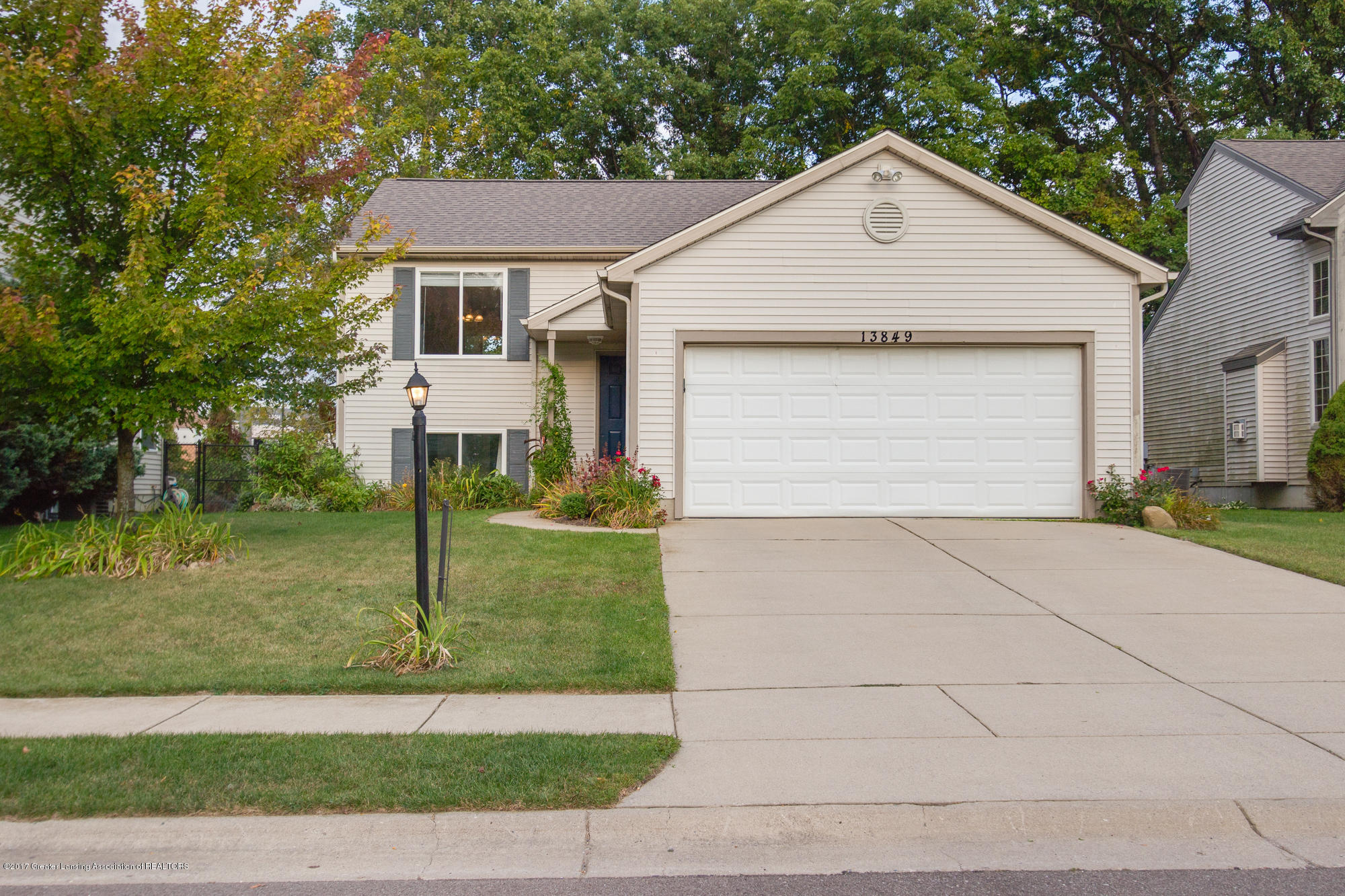 13849 Mead Creek Rd - Front - 1