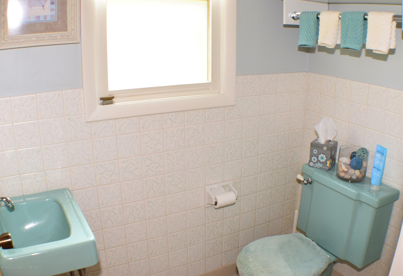 2162 Tamie Way - Half Bath - 17