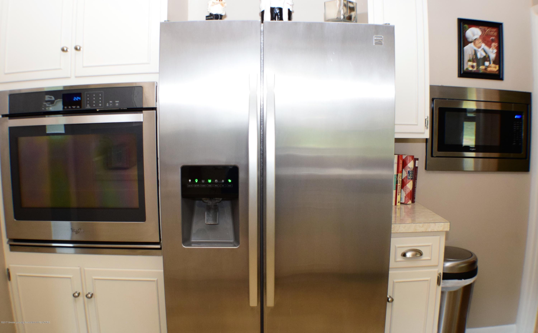 2162 Tamie Way - Kitchen - 16