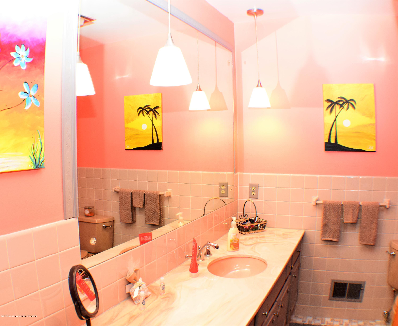 2162 Tamie Way - Full Bath - 26