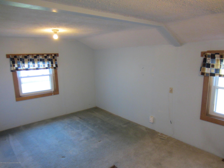 2110 Arch Rd - Master Bedroom - 17