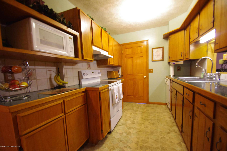 5545 S Krepps Rd - Kitchen - 13