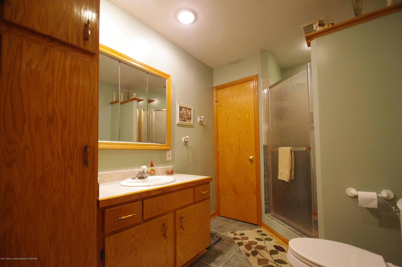 5545 S Krepps Rd - Full Bath - 26